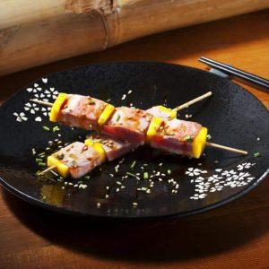 Brochetas de Atún y Mango SushiOlé